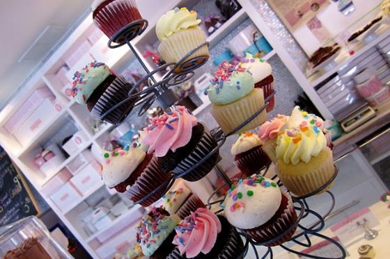 chocolate-cupcake-delicious-food-sugar-Favim.com-212647